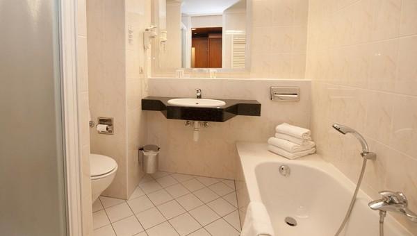 Comfort room   Van der Valk Hotel Venlo